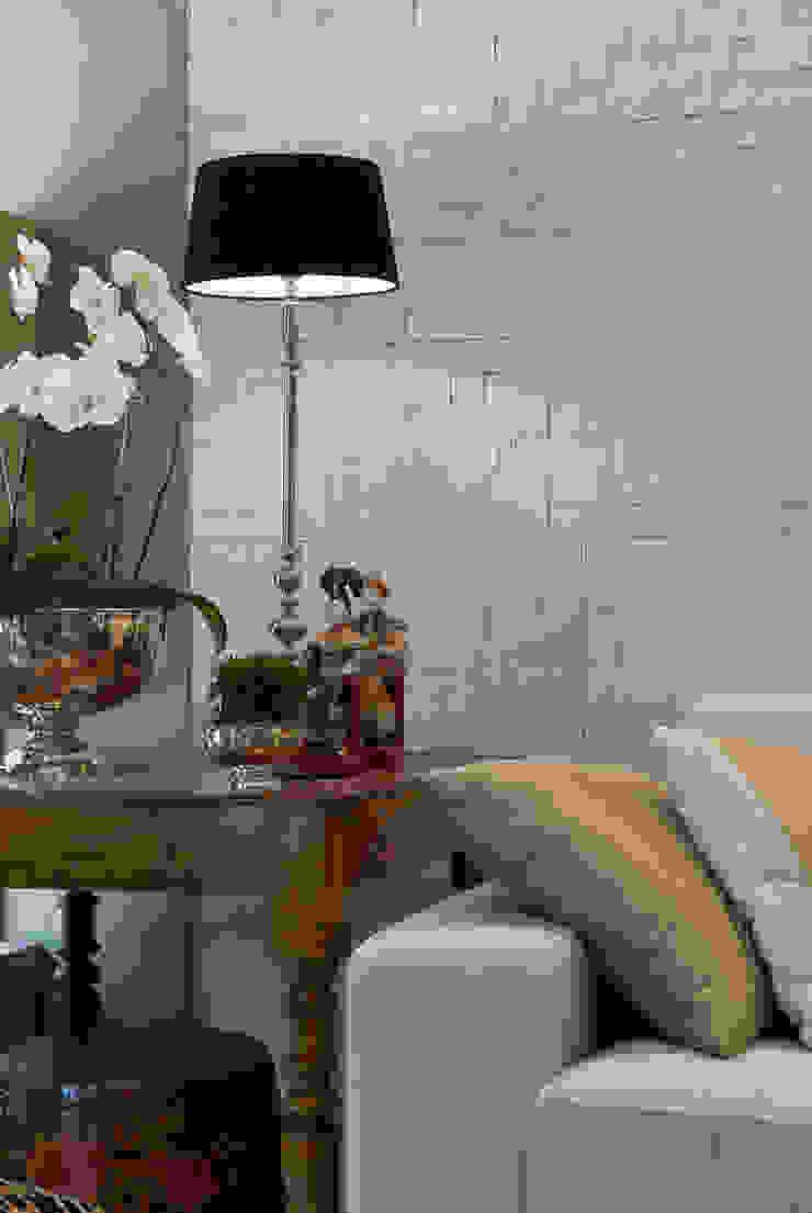 Casa Cor Rio 2009 Salas de estar modernas por Emmilia Cardoso Designers Associados Moderno