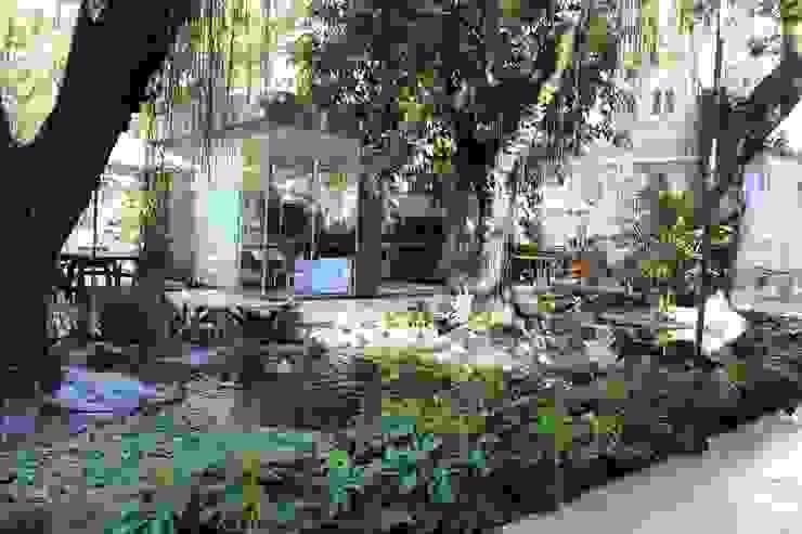 Jardines de estilo  por Emmilia Cardoso Designers Associados, Moderno