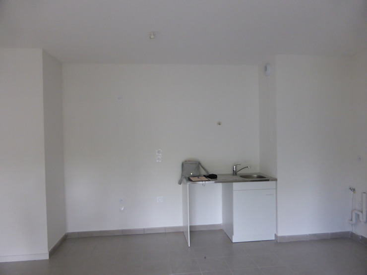 Кухня в стиле модерн от Entre Zen et Déco Модерн