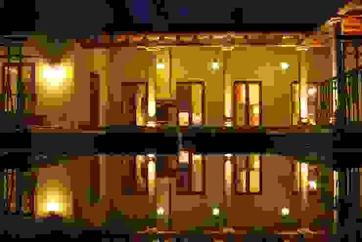 Piscina: Piletas de estilo  por Azcona Vega Arquitectos,Mediterráneo