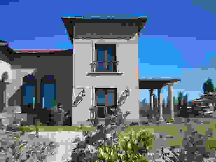 Vista Norte estudio Casas mediterráneas de Azcona Vega Arquitectos Mediterráneo