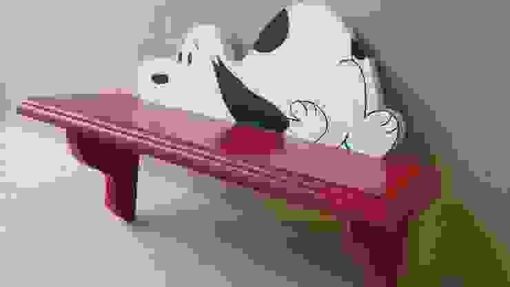 Repisa Roja con Snoopy :  de estilo tropical por Artesania Ikare, Tropical Tablero DM
