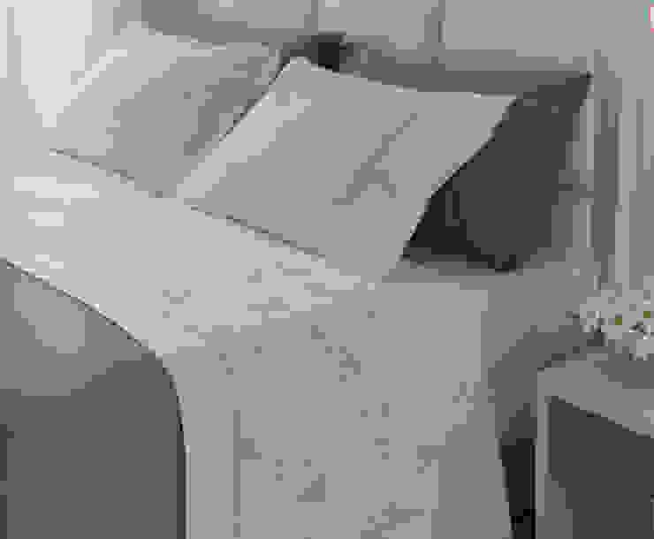 de estilo  por Navarro valera cortinas y hogar, Mediterráneo Algodón Rojo