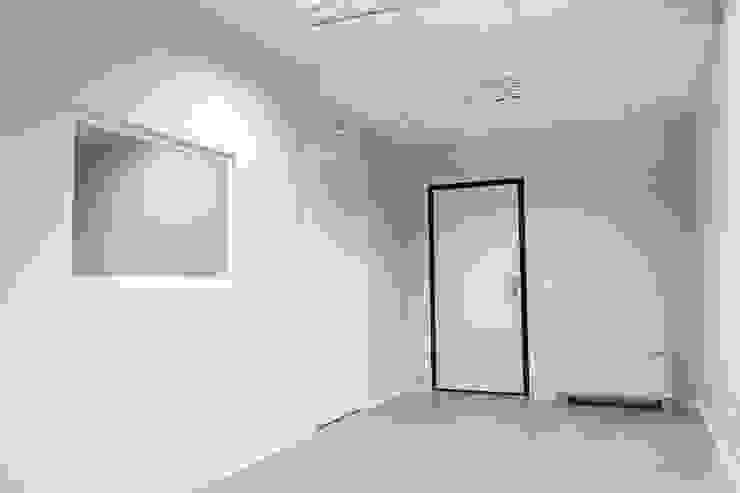 UFFICI DIREZIONALI/COMMERCIALI 2P COSTRUZIONI srl Complesso d'uffici moderni