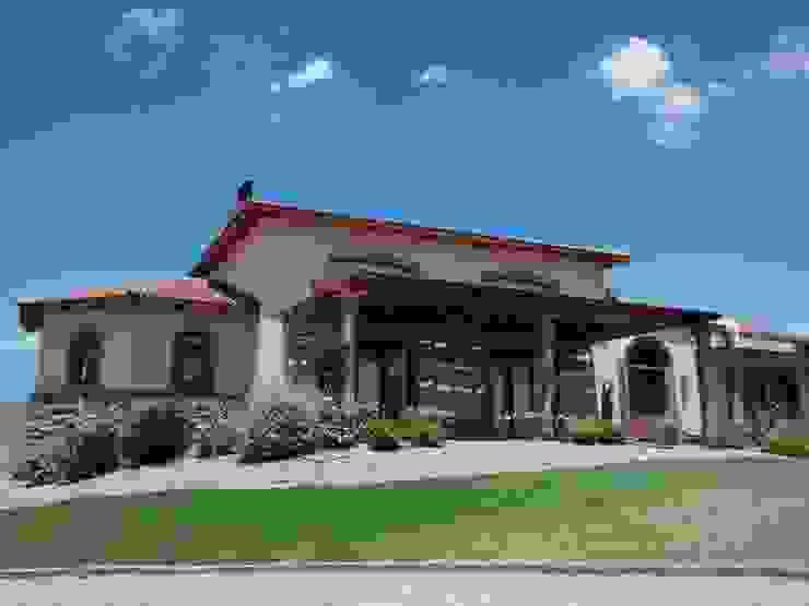 Vivienda en Algodon Wine Estates – Lote E12 Casas rústicas de Azcona Vega Arquitectos Rústico