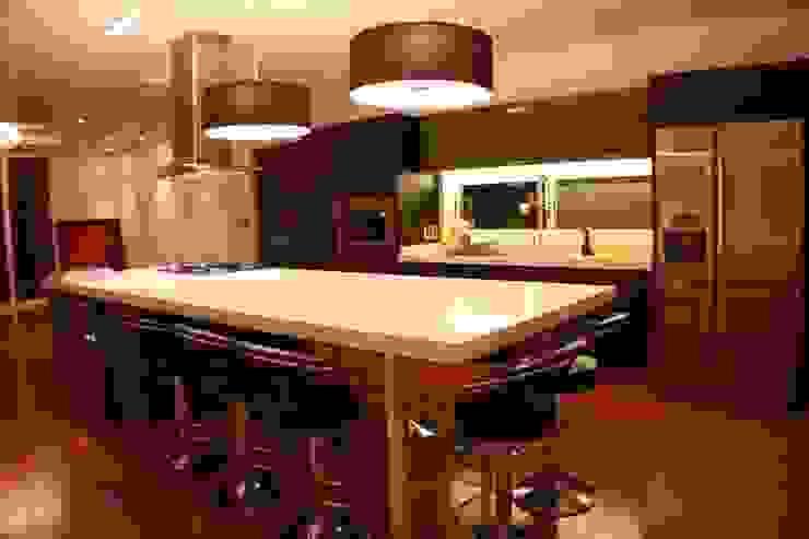 LOFT DC Cocinas modernas: Ideas, imágenes y decoración de Pablo Anzilutti | Arquitecto Moderno Madera Acabado en madera