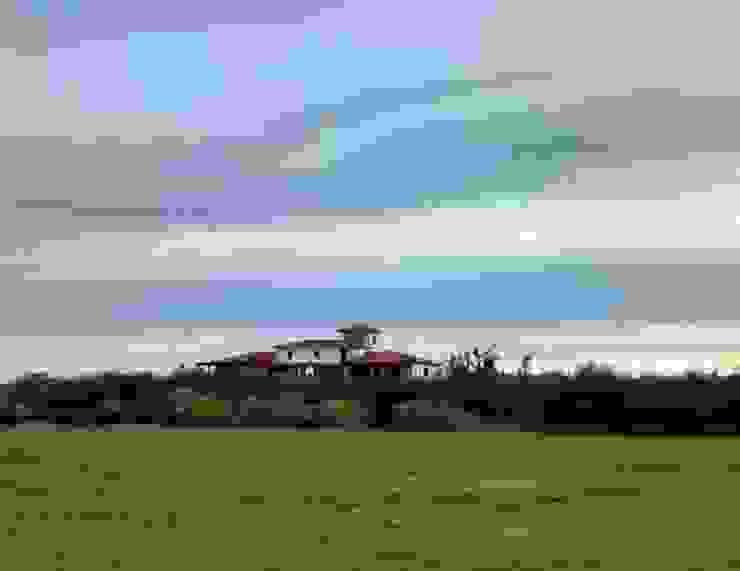 Vista desde el golf de Azcona Vega Arquitectos Colonial