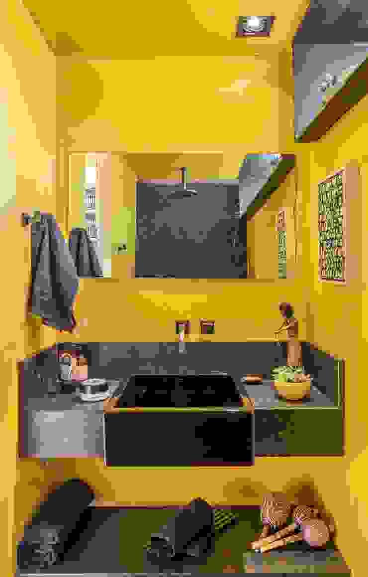 CASULO Banheiros modernos por MEIUS ARQUITETURA Moderno