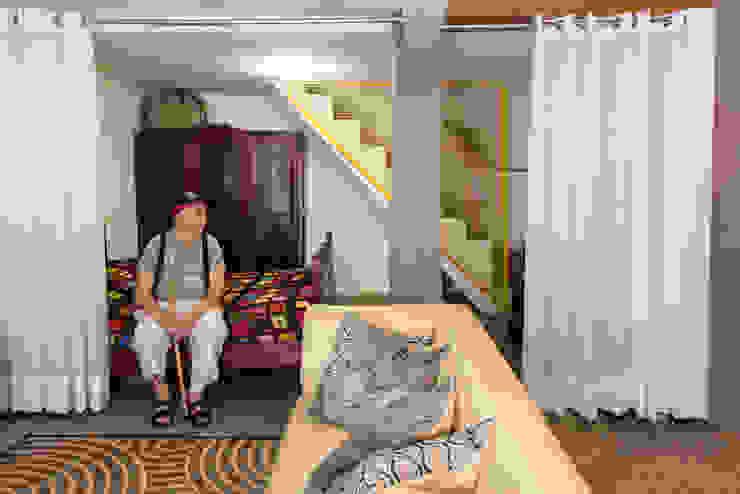 LOFT VOVÔ Modern living room by MEIUS ARQUITETURA Modern