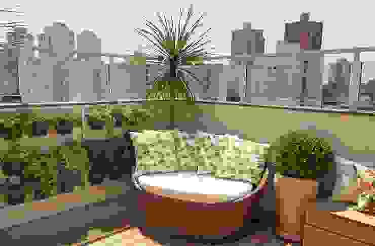 by Paty Nascimento Designer de Interiores e Paisagista Tropical