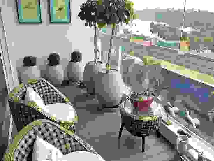 Paty Nascimento Designer de Interiores e Paisagista Веранда и терраса в тропическом стиле