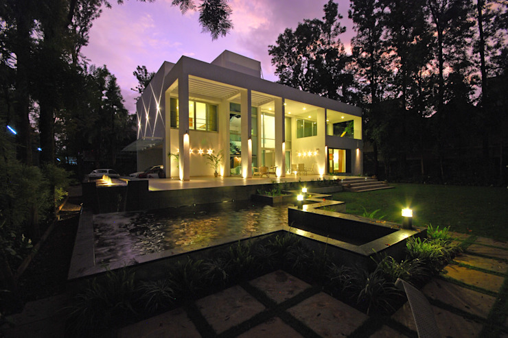Private Residence at Sopan Baug, Pune Minimalist houses by Chaney Architects Minimalist