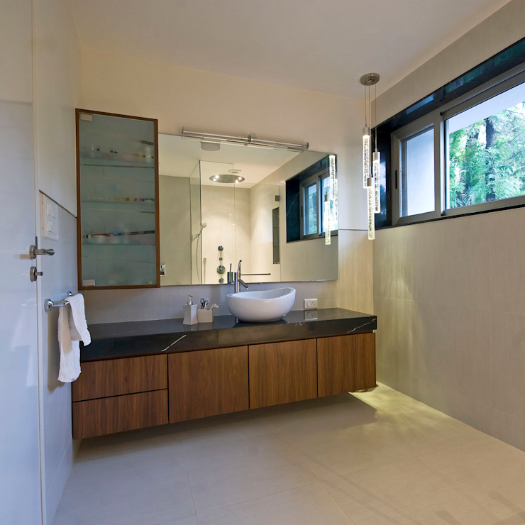 Private Residence at Sopan Baug, Pune Minimalist bathroom by Chaney Architects Minimalist