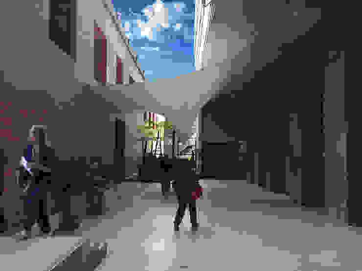 :: MEMBRANAS ARQUITECTONICAS - UNIVERSIDAD EL BOSQUE :: Jardines de estilo moderno de Diseños & Fachadas SAS Moderno