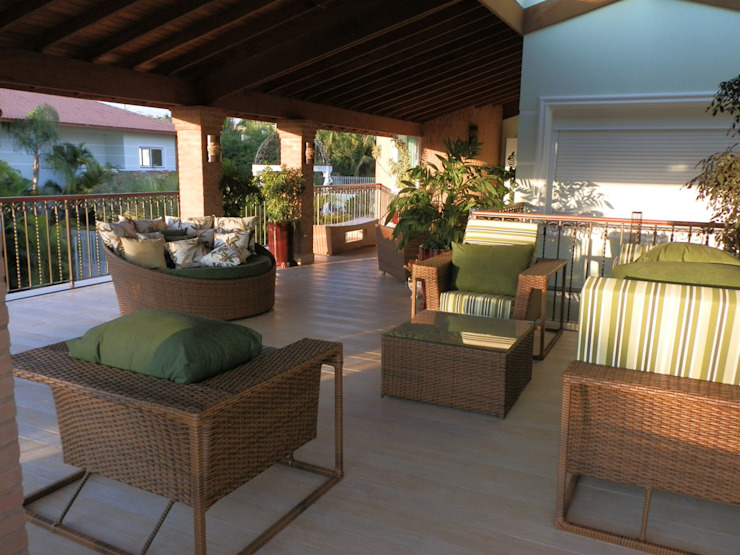 MBDesign Arquitetura & Interiores Country style balcony, porch & terrace