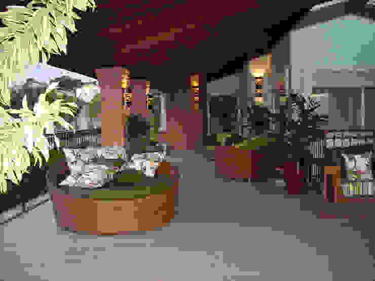 Piscinas, Terraços e áreas de lazer Varandas, alpendres e terraços campestres por MBDesign Arquitetura & Interiores Campestre