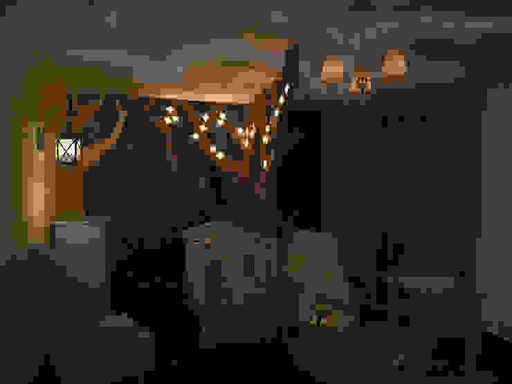 Детская комната для фантазеров: Детские комнаты в . Автор – 16dots, Классический