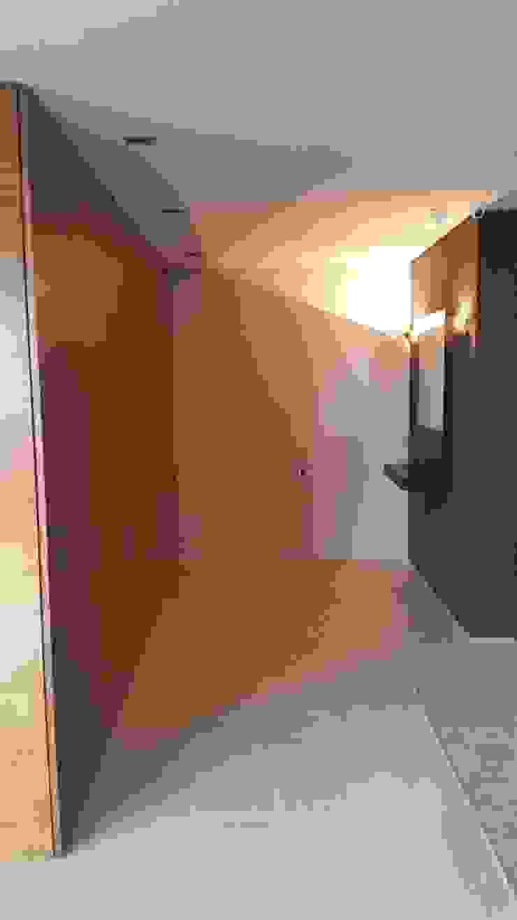 Nuevo Acceso con puerta oculta Complementi Centro Decorativo