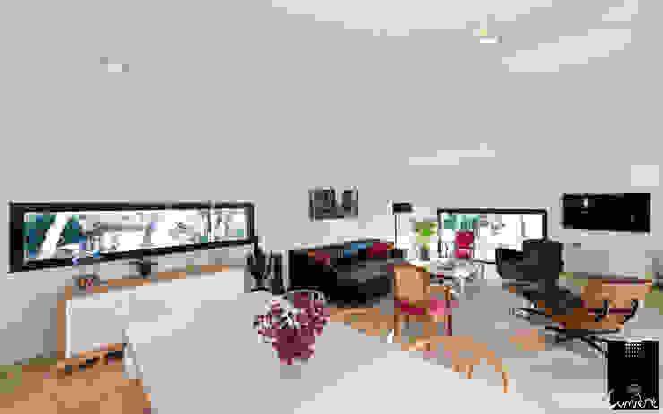 现代客厅設計點子、靈感 & 圖片 根據 Jeux de Lumière 現代風