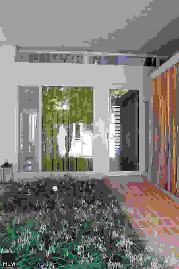 Modern houses by FILM OBRAS DE ARQUITECTURA Modern Concrete
