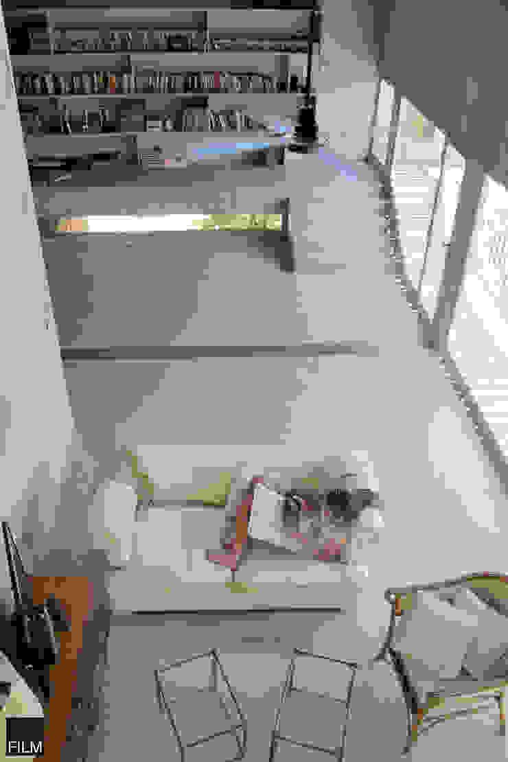 Modern living room by FILM OBRAS DE ARQUITECTURA Modern Concrete