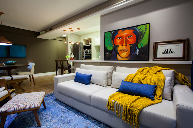 Eclectic style living room by Estúdio HL - Arquitetura e Interiores Eclectic