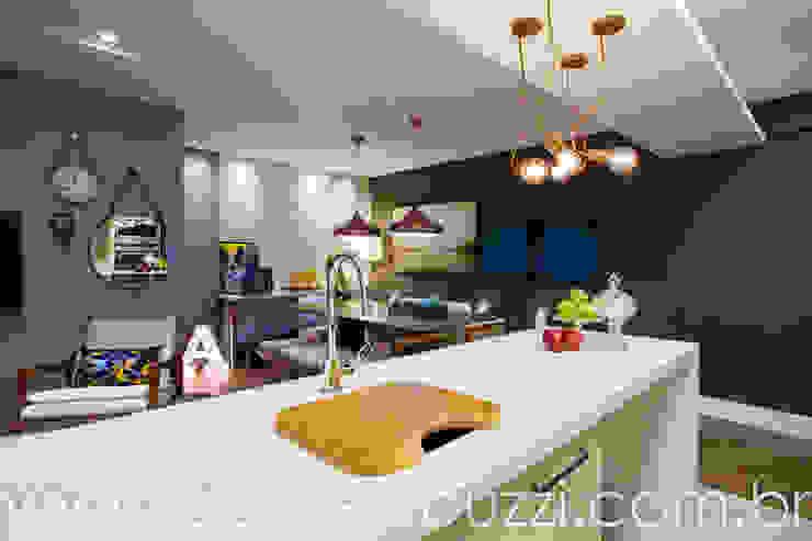 Estúdio HL - Arquitetura e Interiores Modern Kitchen