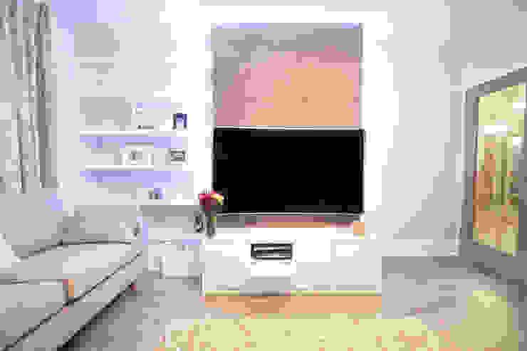 St John's Wood Modern living room by Patience Designs Modern