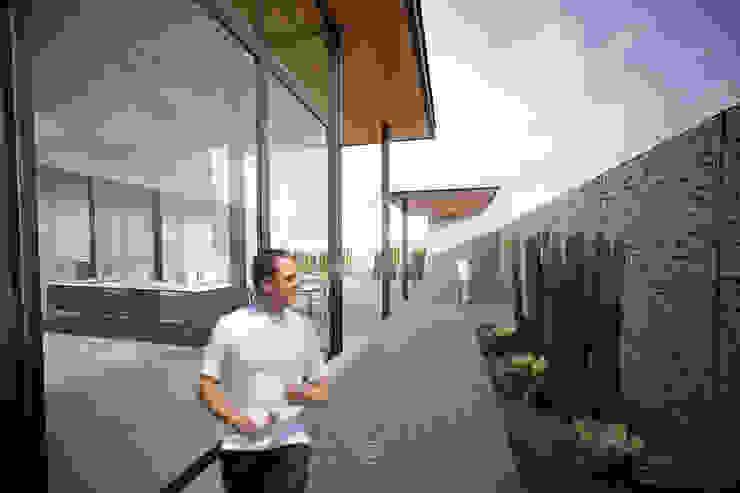 Patios by Lozano Arquitectos, Modern Concrete