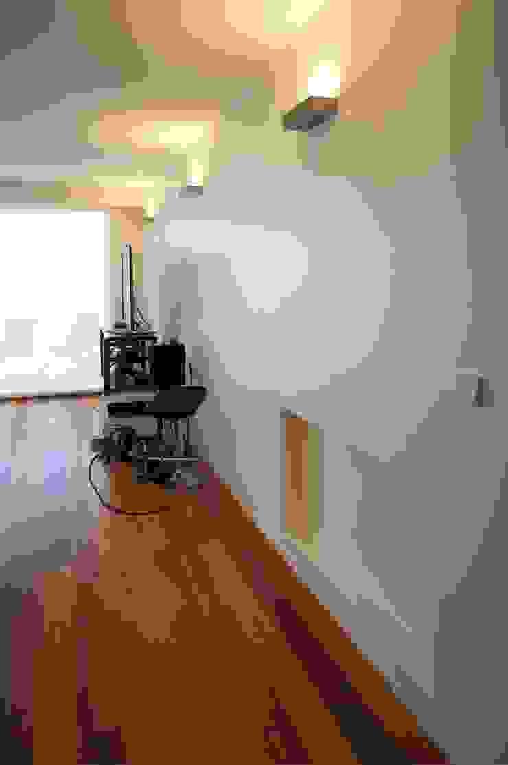 Apartamento T2 – Povoa de Varzim Salas de estar modernas por B3C Moderno