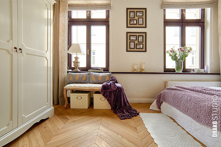 Classic style bedroom by DreamHouse.info.pl Classic