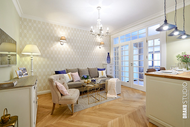 Classic style living room by DreamHouse.info.pl Classic