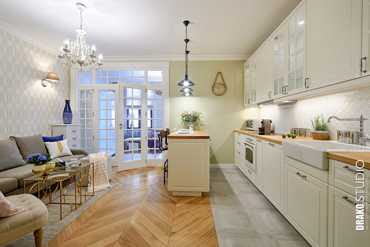 Classic style kitchen by DreamHouse.info.pl Classic