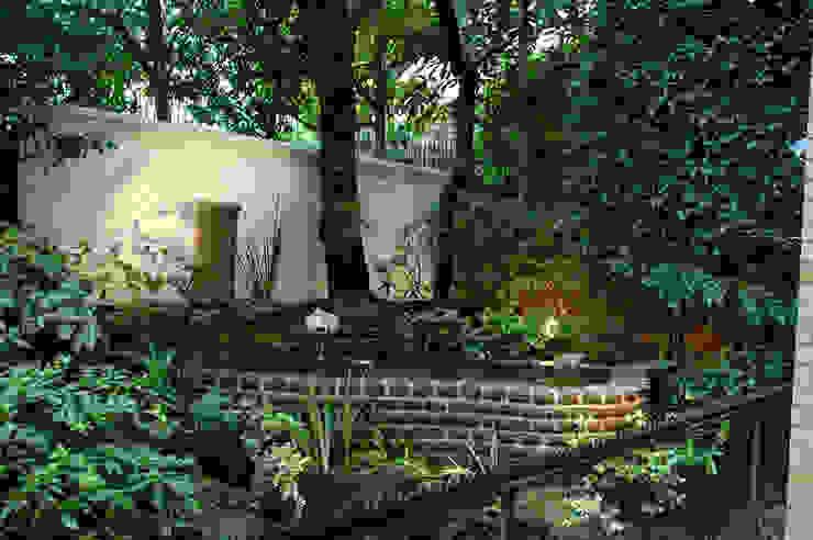 千代田区・S邸 オリジナルな 庭 の 有限会社イエナランドスケープ オリジナル