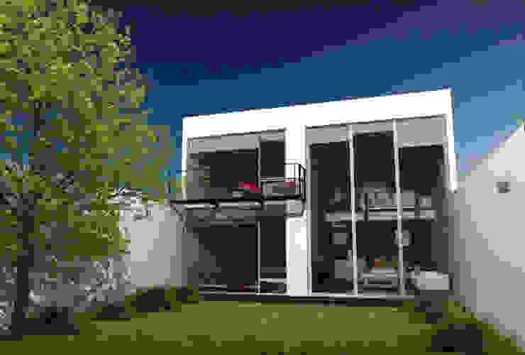 CaSA LINDA VISTA Design Process Jardines modernos de CoRREA Arquitectos Moderno