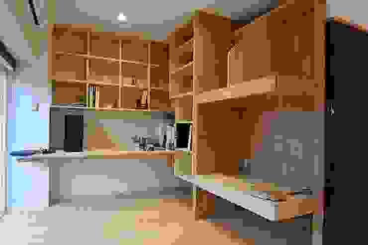 I宅 内部改修 マンションリノベーション オリジナルデザインの 書斎 の すまい研究室 一級建築士事務所 オリジナル 木 木目調
