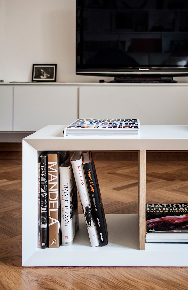 M N A - Matteo Negrin Living roomSide tables & trays