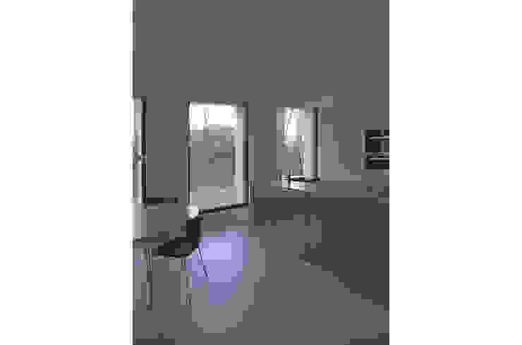 keuken Minimalistische keukens van Tim Versteegh Architect Minimalistisch Aluminium / Zink