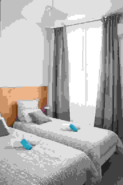 Scandinavian style bedroom by B.Inside Scandinavian Wood Wood effect