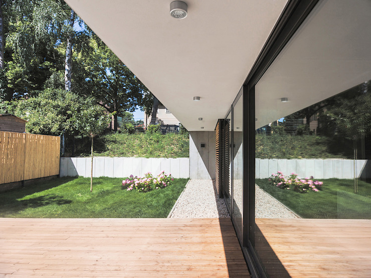 House M 모던스타일 정원 by Peter Ruge Architekten 모던