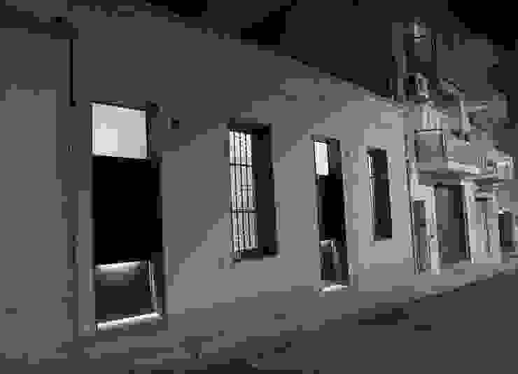 Casas de estilo minimalista de CABRÉ I DÍAZ ARQUITECTES Minimalista