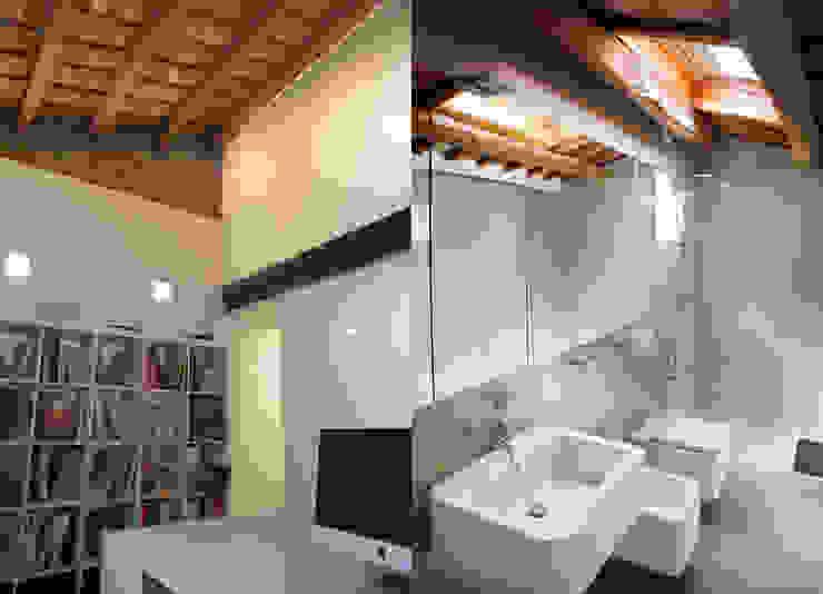 Estudio/baño: Baños de estilo  de CABRÉ I DÍAZ ARQUITECTES, Minimalista