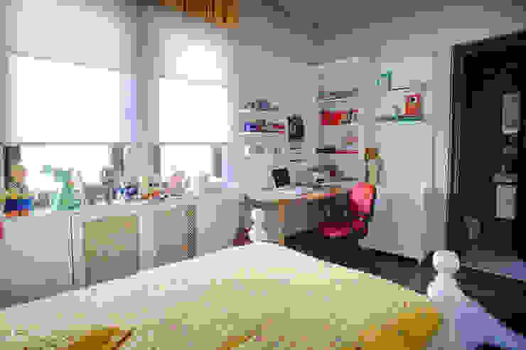 Dormitorios infantiles de estilo moderno de Bilgece Tasarım Moderno
