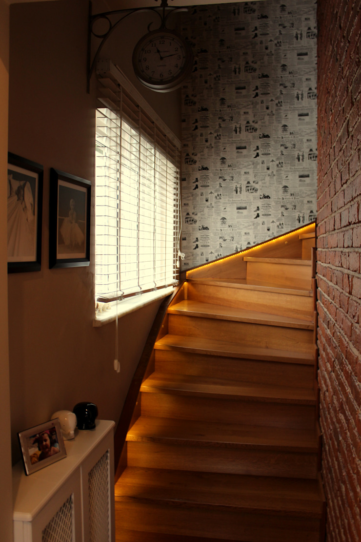 Pasillos, vestíbulos y escaleras de estilo moderno de Bilgece Tasarım Moderno