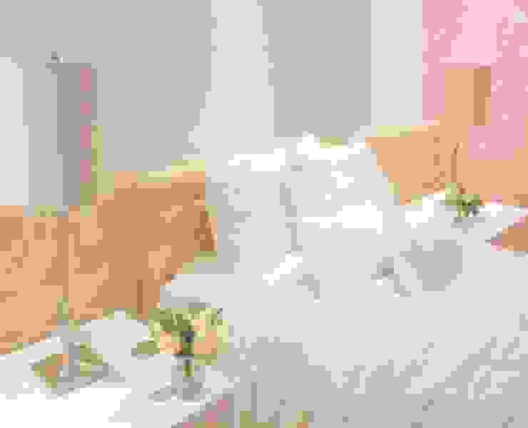 La habitación de gaby: Habitaciones infantiles de estilo  por Monica Saravia, Moderno