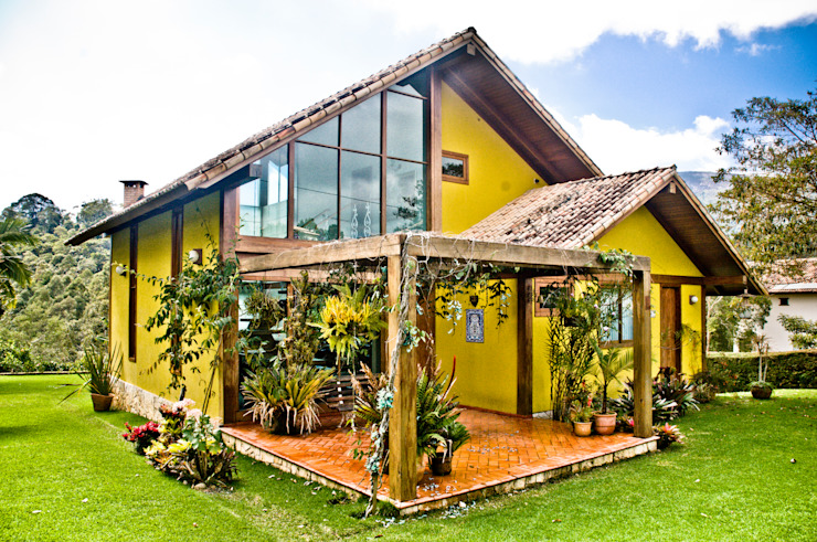 Nhà phong cách đồng quê bởi Carlos Eduardo de Lacerda Arquitetura e Planejamento Đồng quê