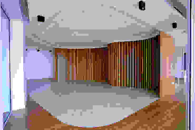 Sala de Jantar Salas de jantar clássicas por GRAU.ZERO Arquitectura Clássico