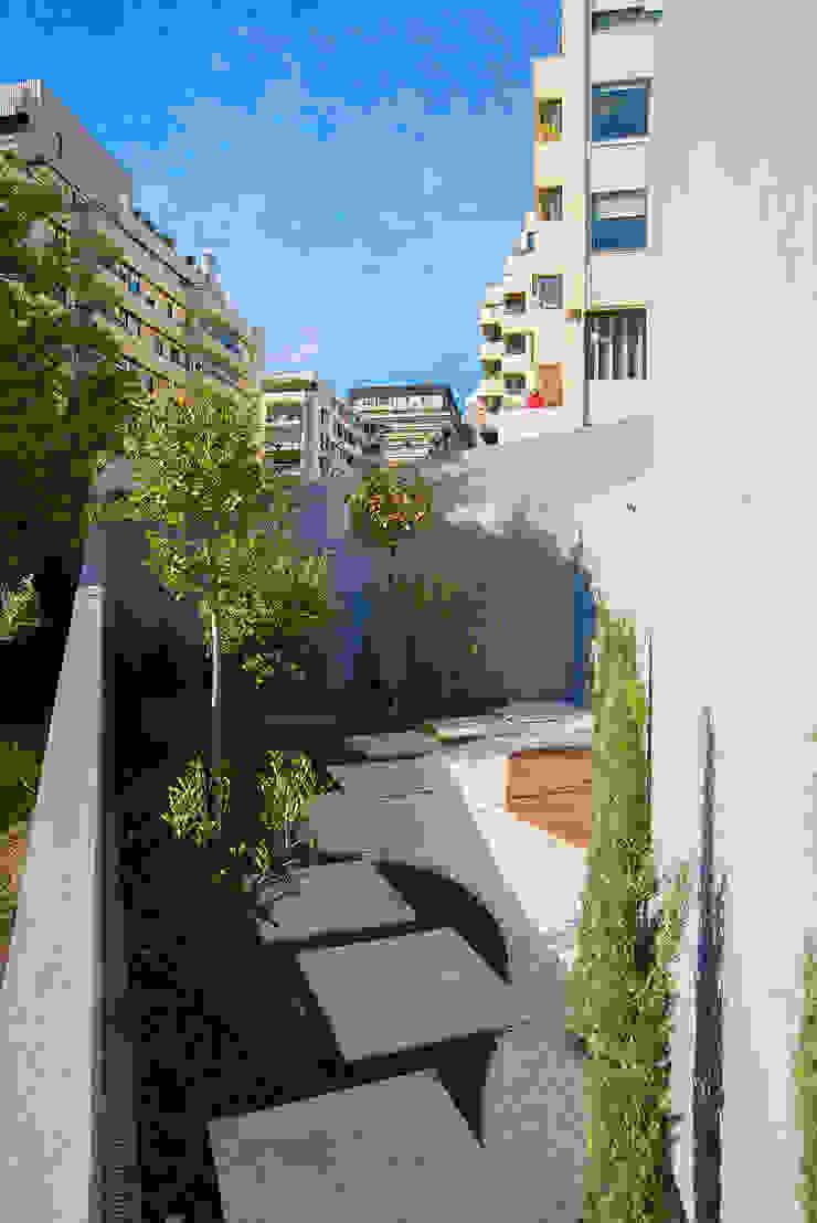 Jardim Jardins clássicos por GRAU.ZERO Arquitectura Clássico