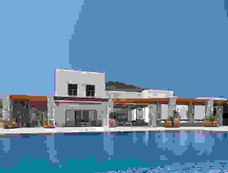 Casas de estilo  por Carlos Eduardo de Lacerda Arquitetura e Planejamento , Mediterráneo