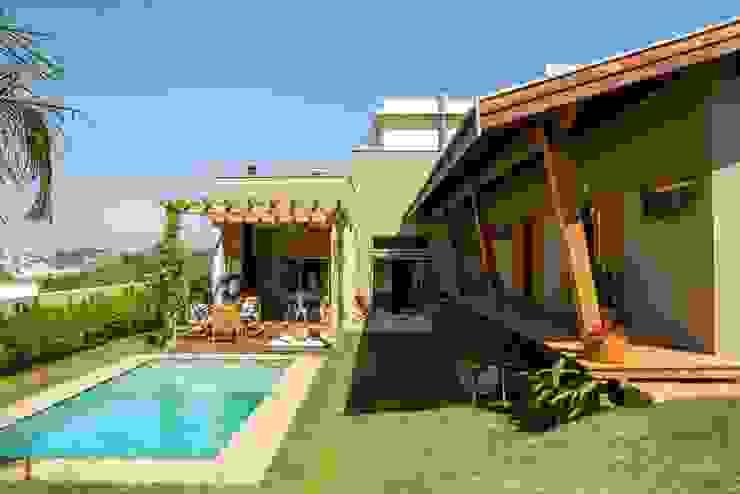 Casas modernas de Flavio Vila Nova Arquitetura Moderno